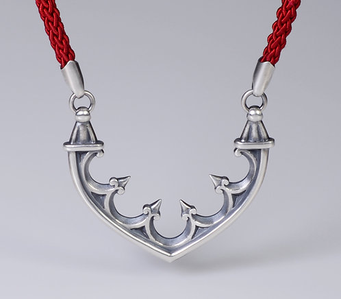 N100 Arch and Corbel Necklace