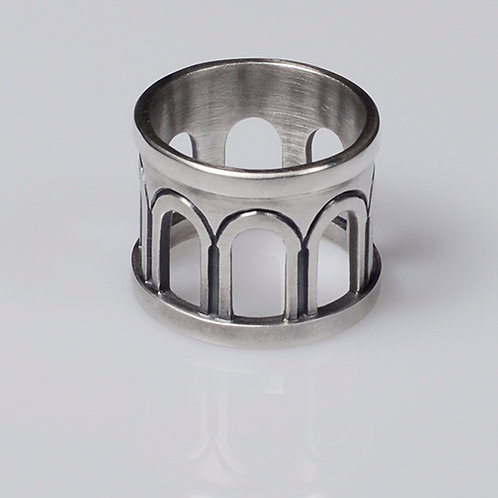 R19 Romanesque Colonnade Ring