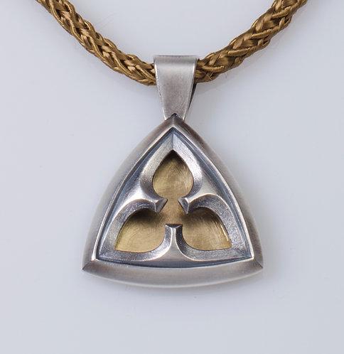 N73 Trillium Necklace