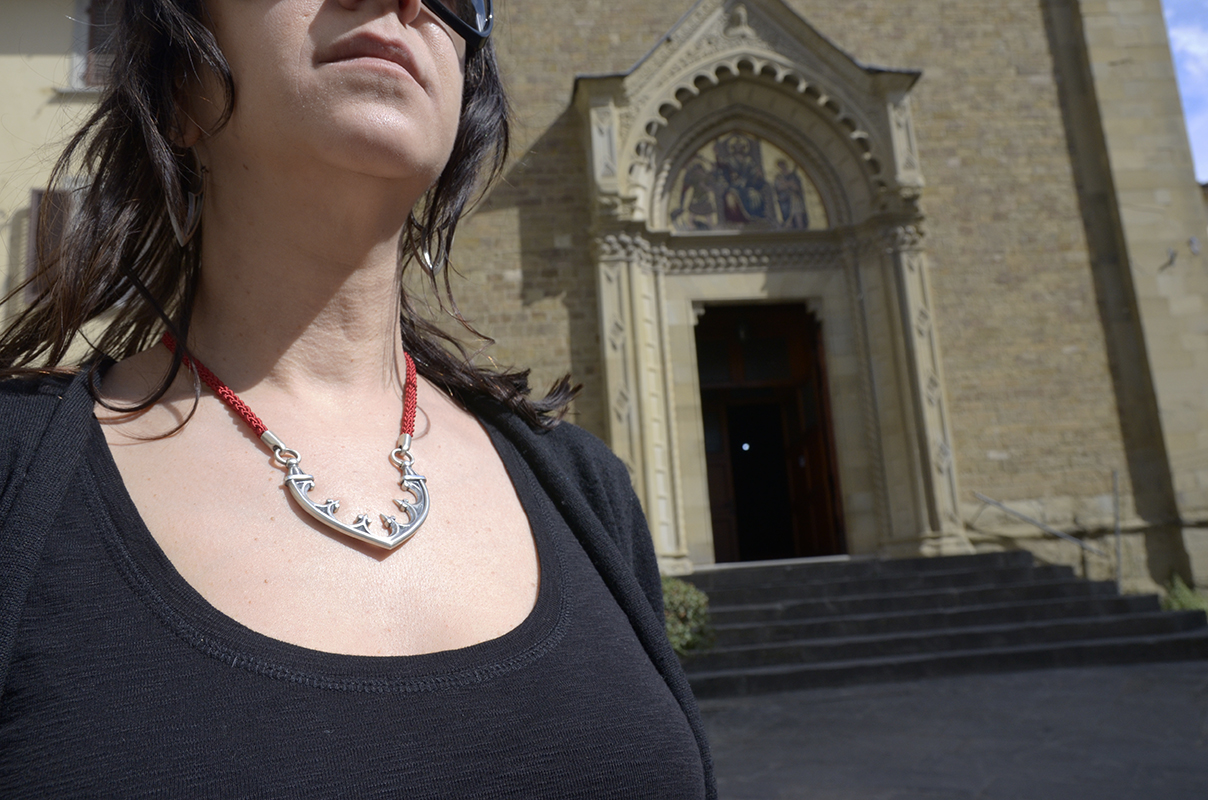 Arezzo, Arch and Corbel Necklace