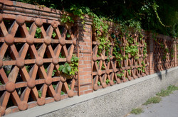 FFlorentine brick fencing detail