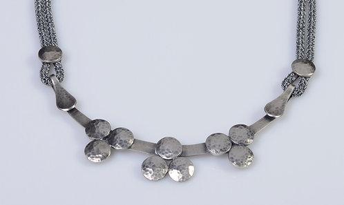 N182 Tri-Dot Collar