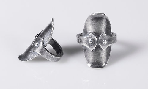 R143 Oval Shield Ring