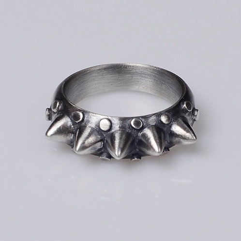R6 Mace Ring