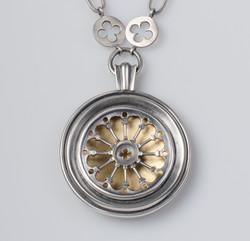Rosette Window Necklace