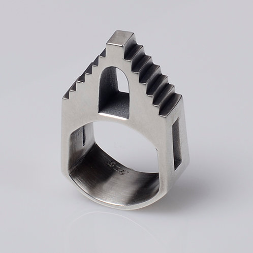 R18 Double Steps Ring