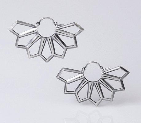 E38 Diamond Flower