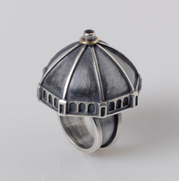 R115 Duomo Ring with 18K