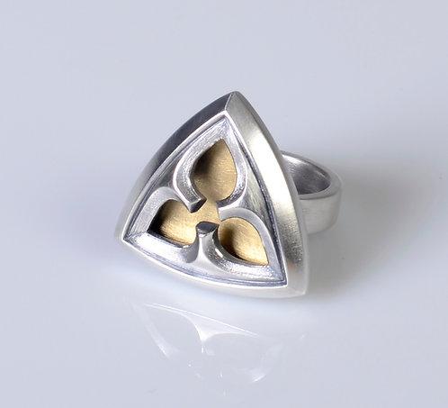 R73 Trillium Ring