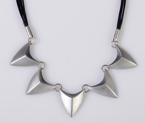 N42 Five Point Necklace