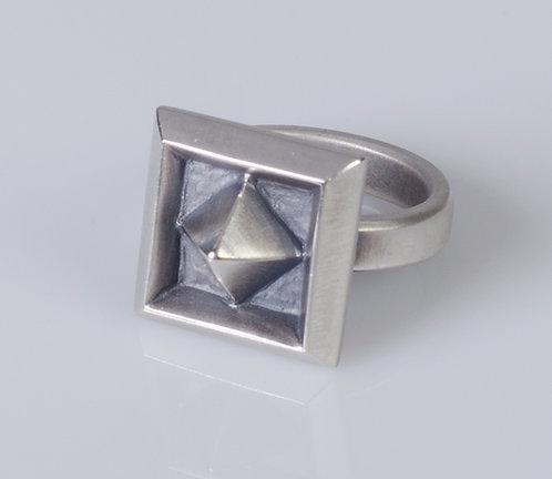 R Pyramid Coffer Ring