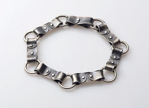 B32 Riveted Strap Link Bracelet