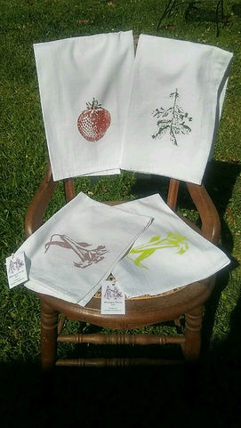 LOUISIANA STRAWBERRY, OLIVE BRANCH, EASTER LILY TEA TOWELS