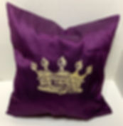 QUEEN'S CROWN PILLOW