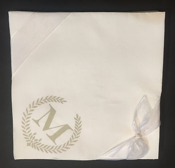 DISPOSABLE DINNER NAPKIN WITH MONOGRAM HAND PRINTED