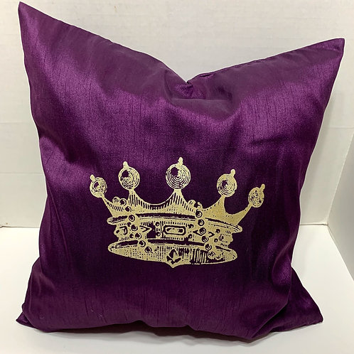 QUEENS CROWN PILLOW WITH FEATHER INSERT