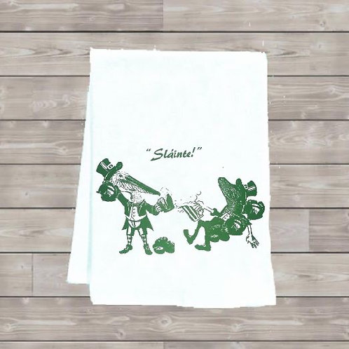 ALLIGATOR AND PELICAN DO ST PATRICK'S DAY  TEA TOWEL