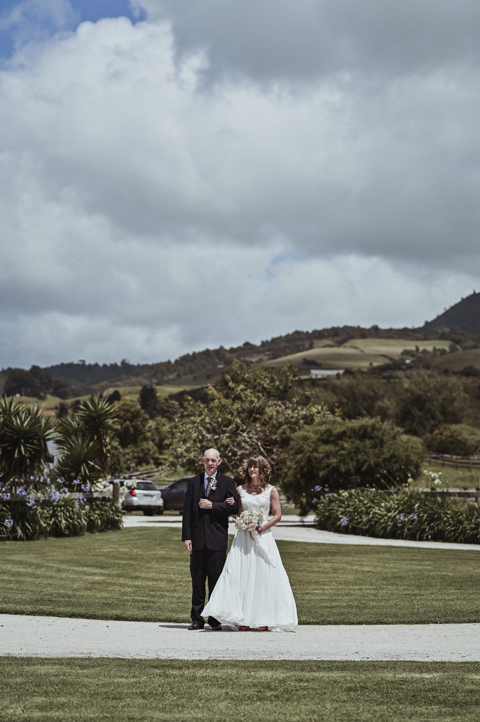 Michael and Abigail (55 of 220).jpg