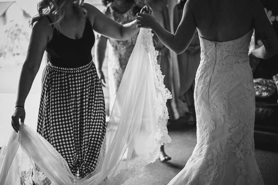 Cassie and Stuart's Taranaki Wedding  bn