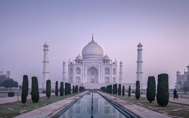 Taj-Mahal_Frederic-Baron-1.jpg