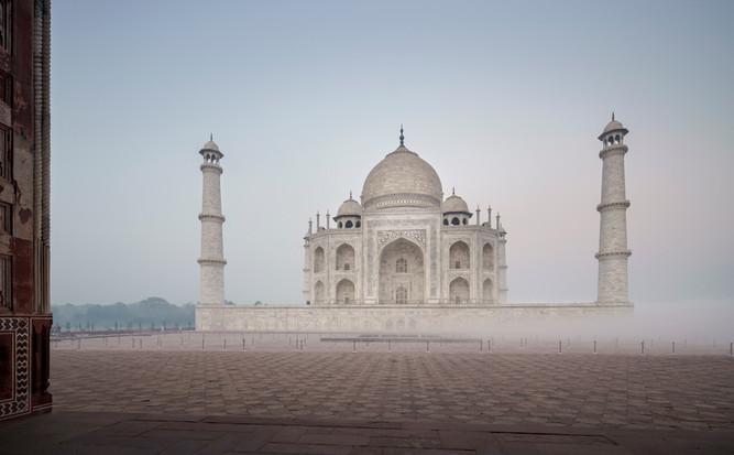 Taj-Mahal_Frederic-Baron-3.jpg