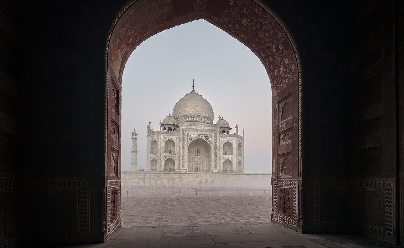 Taj-Mahal_Frederic-Baron-4.jpg