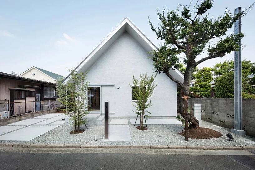 Das Hinge House in Tokio welches überwiegend aus Paulownia Holz hergestellt wurde.