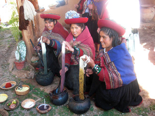 Weavers in Chinchero village