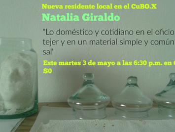 """""""Lo doméstico y cotidiano en el oficio de tejer y en un material simple y común: la sal"""","""