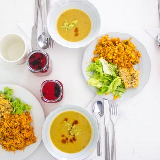 """Menú diseñado y elaborado por uno de los grupos de los Laboratorios de Cocina para el Diálogo Intercultural: el """"De todito fiestero"""""""