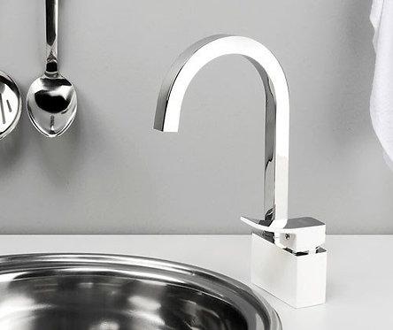 Aller 1067WHITE Смеситель для кухни с поворотным изливом WasserKRAFT