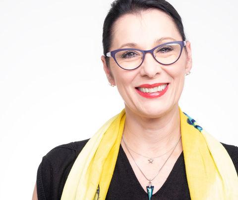 Sabine Tonke - Clairvoyant