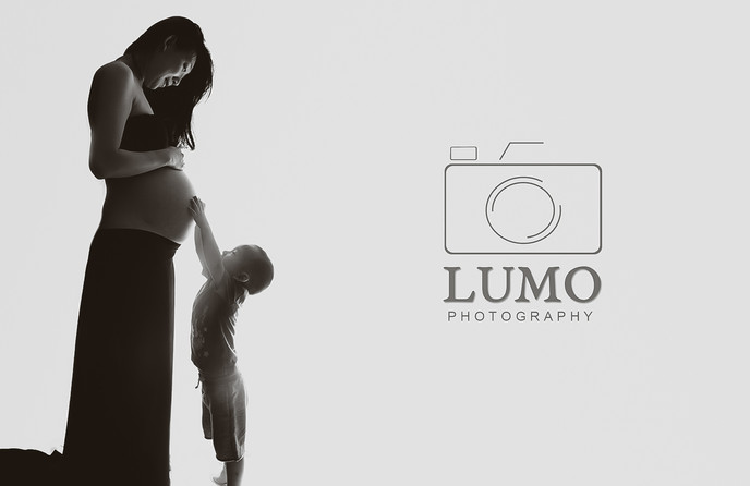 Pregnancy Photography - in your home across Essex and London