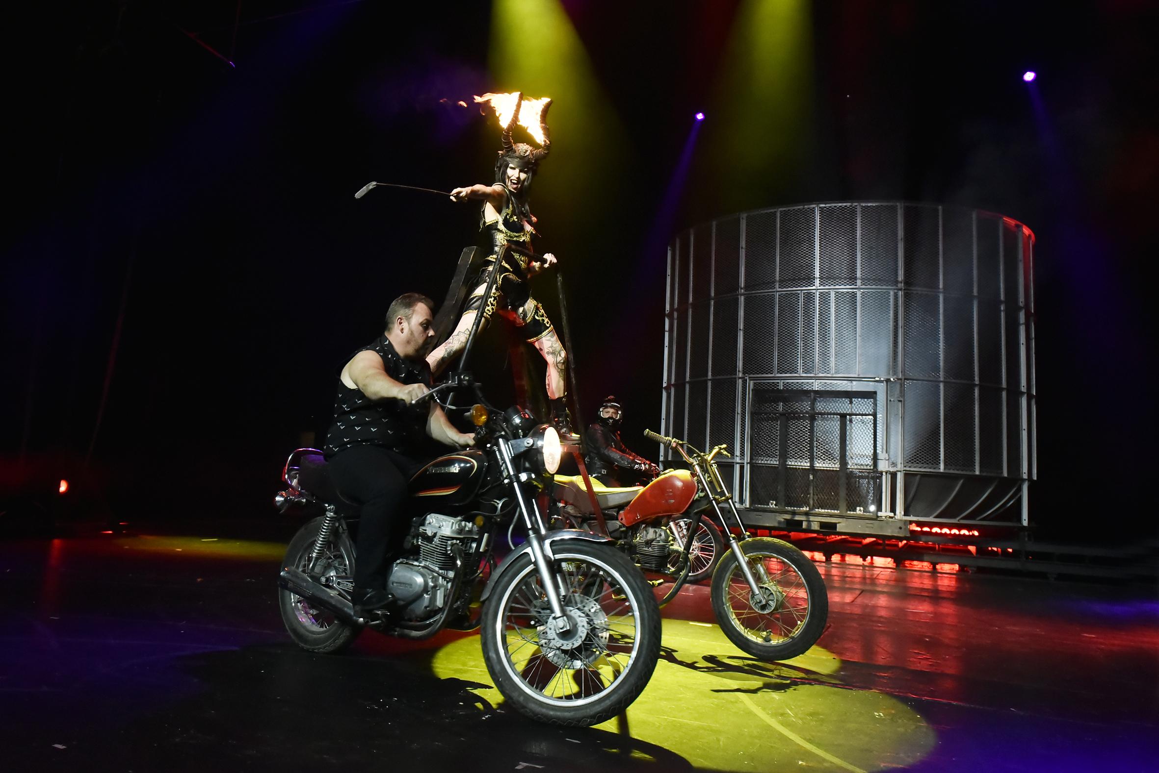 Cirque Infernal (177)