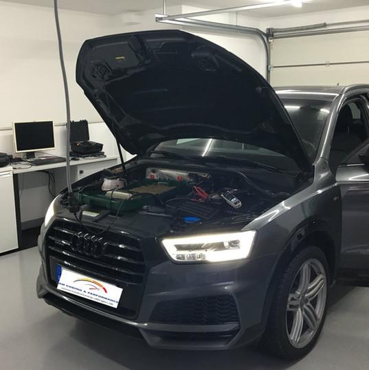 Audi Q3 8U