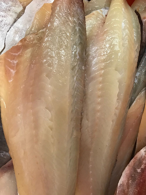 CORNISH NATURAL SMOKED HADDOCK FILLET 400-500G