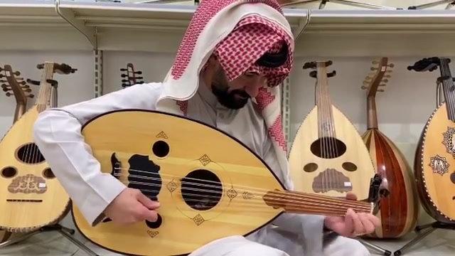 عود مصري صناعة جمال عبد العزيز