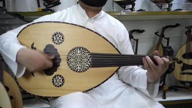 عود مصري صناعة محمد عزوز