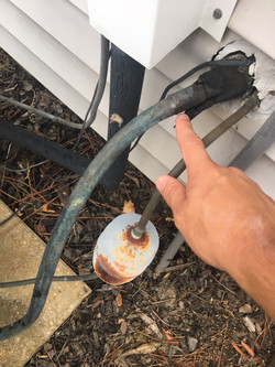 suction line missing insulation