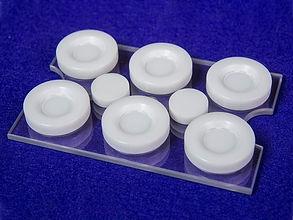 専用培養プレート(BioFlex)の中心に細胞を培養し、Loading Stationと使用することにより、均一に伸展刺激を与えることができます。