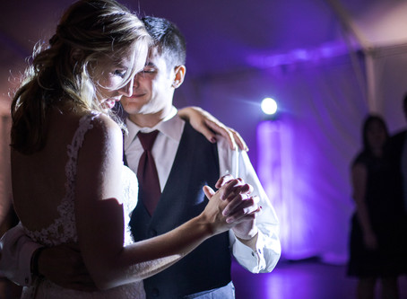 Your 5 Part Checklist Before Hiring A Wedding Photographer