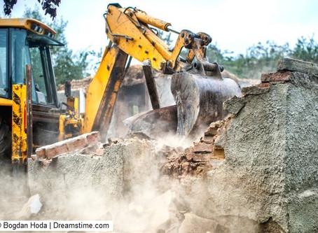 לבטל את חוק קמיניץ, המחמיר אכיפה על עבירות בנייה