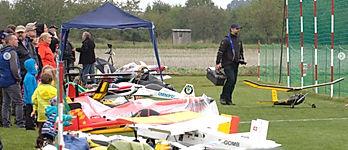Bechovice airfield.jpg