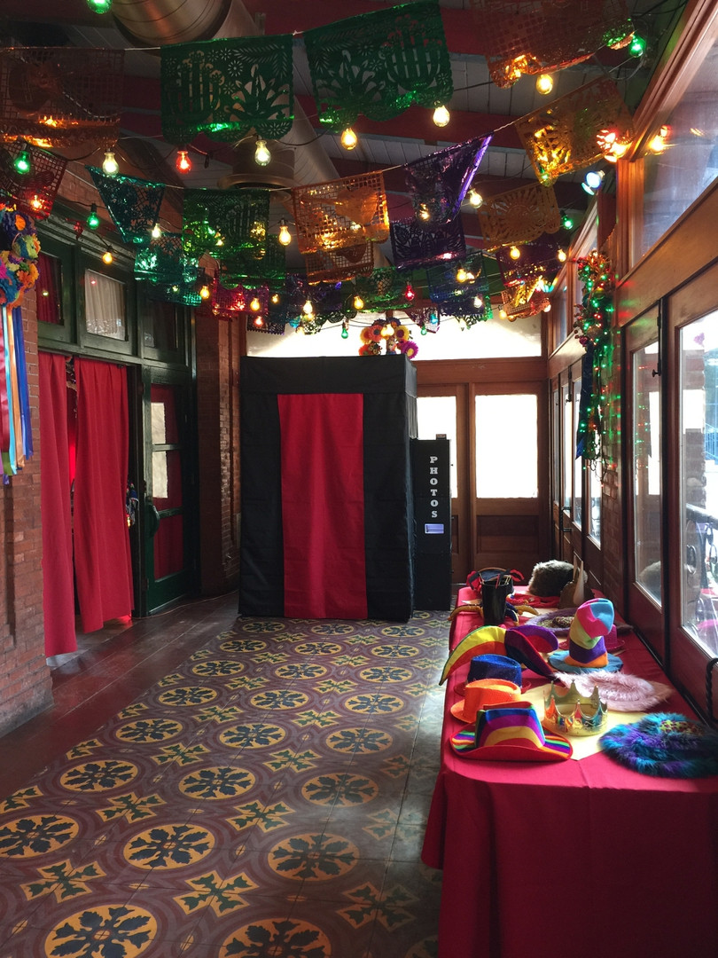 Enclosed Photo Booth Rentals