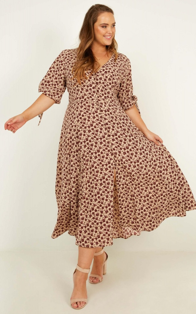 Tonal Feel Dress In Burgundy Floral WAS $74.95 NOW $30.00