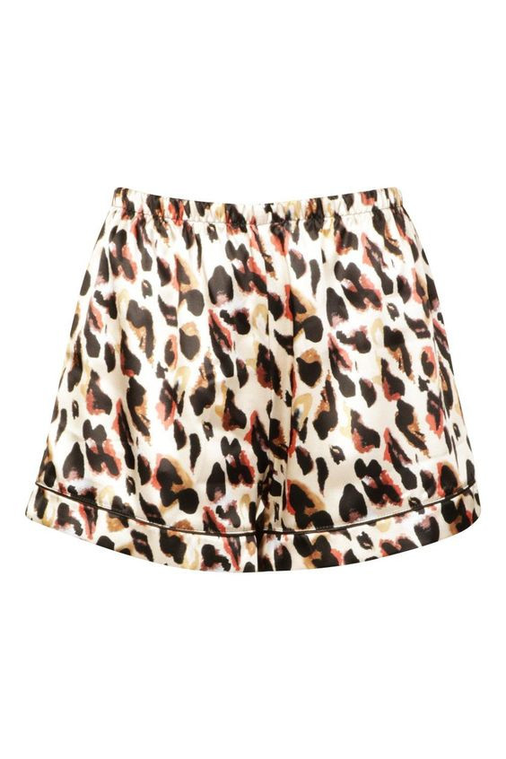Mix & Match Woven Leopard Print PJ Short https://au.boohoo.com/mix-match-woven-leopard-print-pj-short/NZZ89177.html Product code: NZZ89177 Promotions 50% OFF EVERYTHING! $12.50 $25.00