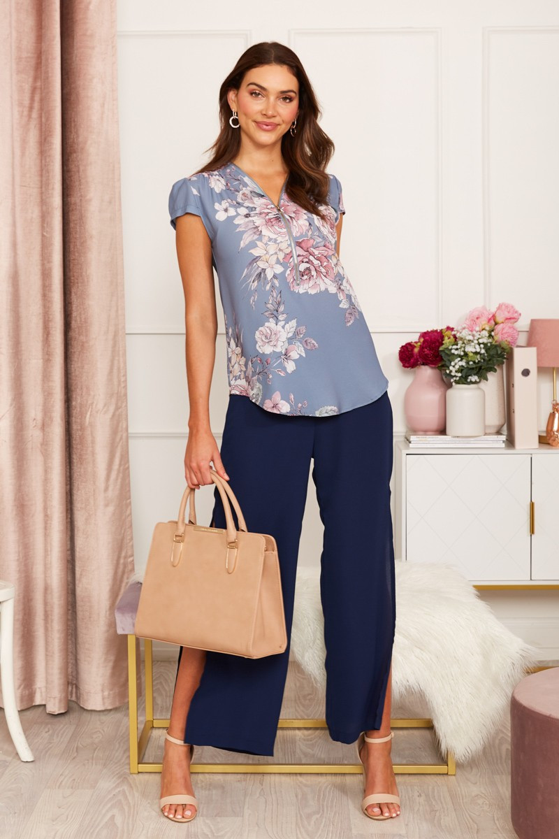 Leigh Top In Steel Blue Floral Special Price $34.00 (Was $49.90)