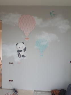 роспись стен детской  - воздушный шар в