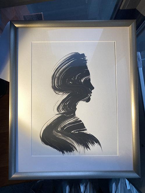 Черно-белый силуэтный портрет