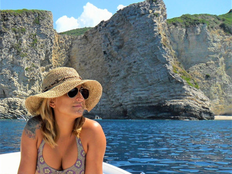 Chomi, Stellari and Giali beaches: a boat trip to Paradise and the Stars.